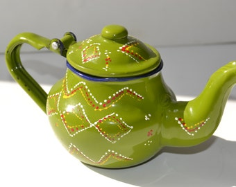 retro teapot decor ,drawn teapot