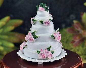 Dollhouse Miniature Wedding Cake 1:12 Scale
