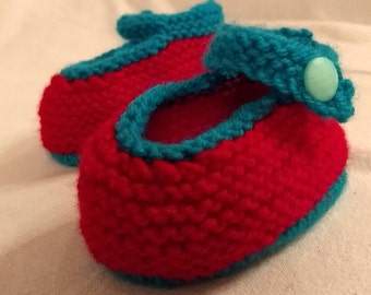 Red Baby Strap Shoes // Baby Booties // Baby Shower Gift // New Baby Gift // Baby Girl Gift //Flower Power Baby // Baby Christmas