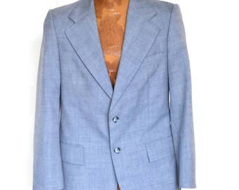 Yves Saint Laurent Sportcoat Blue Made in France Double Vent Stagg Palm Beach Fully Lined Single Breasted 2 Button