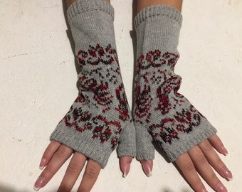 Ready to ship Fingerless gloves   women Fingerless Gloves long gloves with a deer knitt gloves Deer ornament Arm Warmers