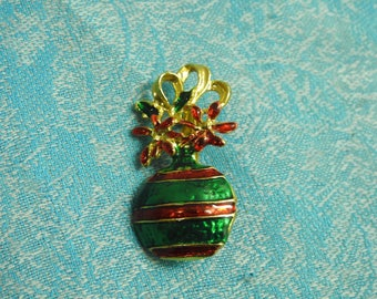 stunning gold plate and enamel figural christmas ornament brooch