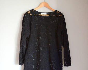 Vintage Black Lace Nouvelle Pullover Blouse