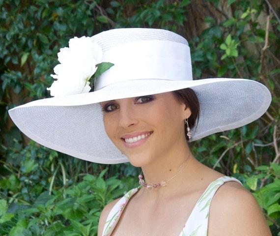 Ladies White Hat Derby Hat. Church Hat, White Wedding Hat, Ascot Race Hat, Wide Brim Hat, Occasion Event Hat, Formal White Hat, Large brim