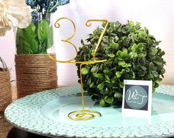Table numbers guest table numbers wedding reception wire numbers rustic wedding guest table numbers with stand wedding table decor wedding decor wire table numbers greentooth Image collections
