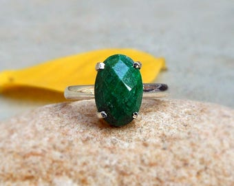 Silver Emerald Ring Emerald Prong Ring May Birthstone Ring Green Stone Ring Boho Ring Gift for her Checker Stone 925 Silver Ring