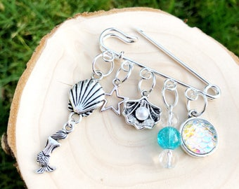Mermaid bag charm, mermaid accessories, mermaid pin, gifts for girls, scarf pin, kilt pin, mermaid gifts, beach accessories, mermaid gift