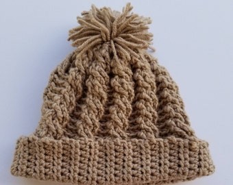 Women's cable crochet hat with pom pom