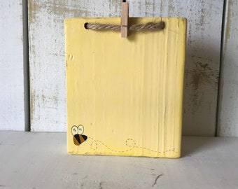 Photo Display, Picture Display, Picture Holder, Distressed Wood Picture Frame, Bumblebee Frames, Wood Picture Holder, Frames, Bees