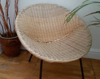 A 1950's British Retro Satellite chair