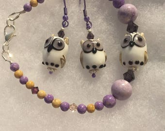 Plus size gemstone and lampwork bead bracelet. Purple gemstone bracelet. Owl lampwork bead bracelet.
