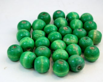 18mm Round Kelly Green Wood Beads for Jewelry Making