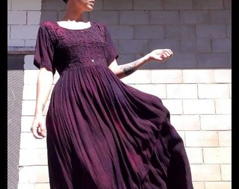 Black purple tie dye slouchy boho 70s hippie 90s grunge mirrored embroidered india maxi dress stevie nicks festival black tshirt bohemian