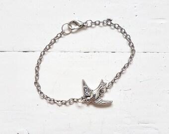Swallow Bracelet // Silver Swallow Bracelet // Silver Bracelet // Bird Jewelry /  Nature Jewelry // Woodland Jewelry