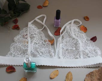 White bralette, yoga top, strap bralette, laces bralette, bralette femme