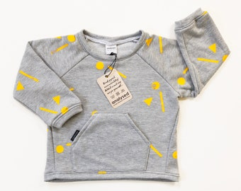 Sweater with bag and yellow graphic print