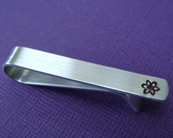 Atom Tie Clip • Atom Tie Bar • Atomic Symbol • Chemistry • Physics • Science • Personalized • Gift for Him • Groomsmen Gift • Dad