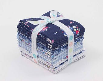 Blue Carolina by Christopher Thompson of Tattooed Quilter - Fat Quarter Bundle (FQ-6590-21)