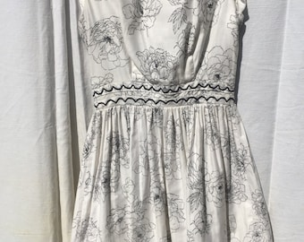 1950s White and Black Flower Sundress
