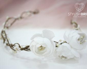 Boho wedding wreath, white flower hair vine, flower white wreath, wreath headband, flower white headpiece, Flowergirl white bridesmaides