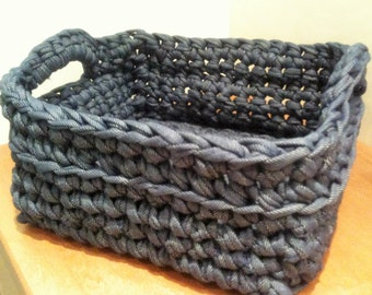 Handmade basket with bag