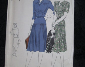Sale----1940's VOGUE Special Design PATTERN for Ladies Dress