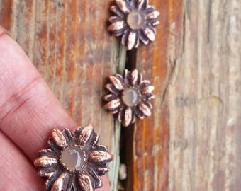 Rose Quartz Flower Ring. Copper Electroformed Statement Ring. Healing Metal Jewelry.
