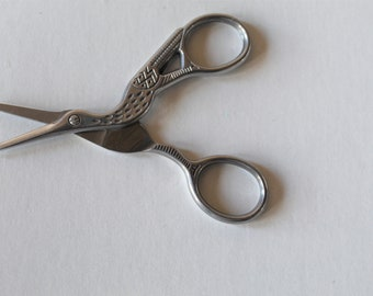 Vintage Style Scissor. Antique Style Scissor. Bird Scissor. Cross Stitch Scissor. Gold Scissor. Silver Antique. Sharp Little Scissors.
