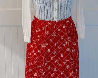Retro half apron, vintage apron, red floral, ruffles, front pockets, handmade, accessories, cotton