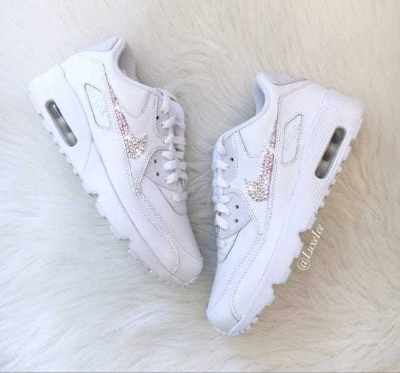 the latest bf320 f991a ... customized Nike AB Cut with 90 Crystals Rose Xirius Air SWAROVSKI® Max  White qwZAFIw ...