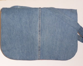 Back to school. Upcycled jeans bag. Boho shoulder bag. Recycled man's jeans. Free shipping.