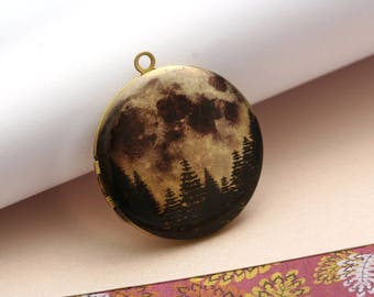 full moon and pine trees round antique brass locket 32mm  (LD284)
