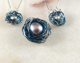 Family Nest Pearl earring pendant set