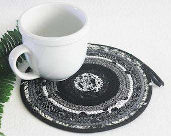 Coiled Rope Mat / Fabric Coiled Mat / Mug Rug / Trivet / Hot Pad / Round Coiled Mat / Black White Grey by PrairieThreads