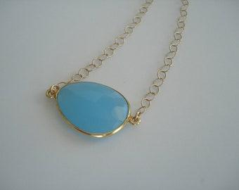 Collier bleu. La calcédoine bleue, bijoux de mariage quelque chose de bleu, 14kt or collier, Style minimaliste