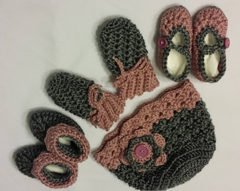 Baby hat Booties Mittens