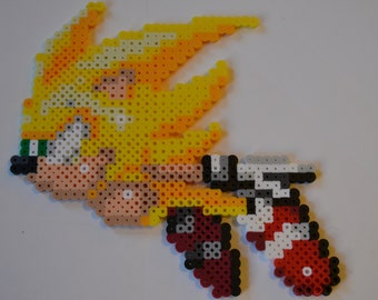 """Sonic the Hedgehog 3 and Knuckles """"Hyper Sonic"""" Perler Sprite/Sega Genesis Fan Art/Sonic Birthday Party decorations/gifts"""