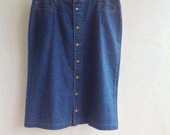 White Stag denim jeans skirt. A-line. Button front. 14