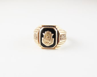 Vintage Class Ring: 1935 Onyx  and 10k Gold