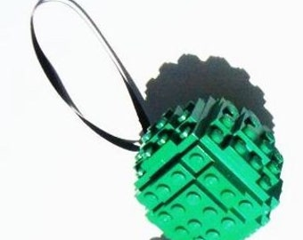 Green Toy Brick Christmas Ball Ornament Building Kit