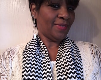 Black and White Chevron Infinity scarf, Birthday gift, Women Accessories handmade Mvious Da'Zigns