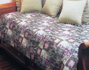 Floragraphix Floral Quilt pattern by designer Jason Yenter from OOP magazine