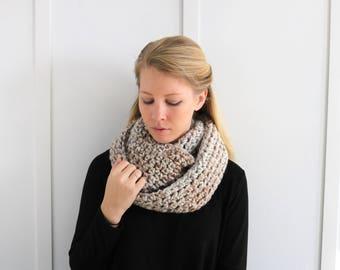 SALE I Chunky Knit Infinity Scarf | Sandstone