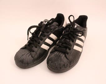 Classic Black 90s Adidas All Stars Sneakers