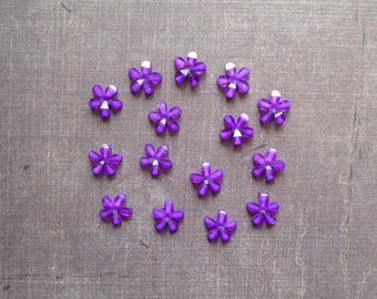 Lot 50 rhinestone shape flowers 1 cm purple whipping
