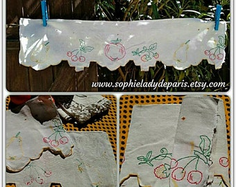 Antique Fruit Shelf Edging French Home Decor Hand Embroidered Apple Cherry Pear Strawberry #sophieladydeparis