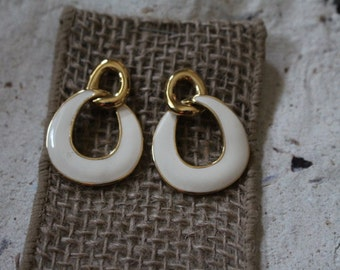 Vintage Monet Gold Tone with Cream Color Enamel Pierce Earrings