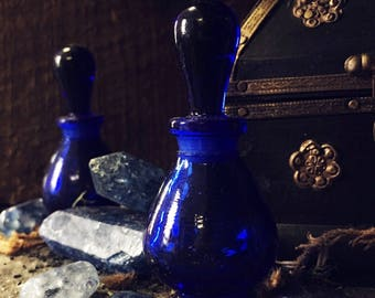 Blue Glass Perfume Bottle-Cobalt Glass-Potion Bottle-Spell-Apothecary Bottle, green Glass bottle-Herbs, Salts, Oils, Perfumes