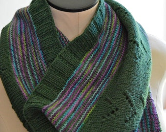 Knit Wool Scarf, Gender Neutral Cowl, Mens Neck Scarf, Green Striped Woolen Cowl, Womens Neck Warmer,