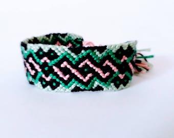 Friendship Bracelet 20 thread DMC - friendship bracelet